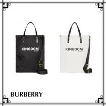 【BURBERRY ブランドコピー通販】キングダムプリントナイロントート iwgoods.com:bkxiqs