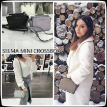 3月新作 Michael Kors コピー品★SELMA MINI CROSSBOD...