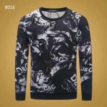 着こなし方は無限大の秋冬新作 ドルチェ&ガッバーナ Dolce&Gabbana プルオーバーパーカー 2019年秋冬人気新作の速報 iwgoods.com K5PjSb-1