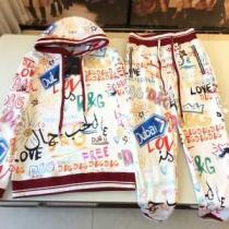この秋冬のためにオシャレな人に向けて ドルチェ&ガッバーナ Dolce&Gabbana 上下セット 2019年秋冬人気新作の速報 iwgoods.com m0vi8z-1
