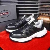 スニーカー メンズ PRADA 軽快に見せてくれる限定新作 プラダ 靴 コピー ブラック デイリー シンプル 通勤通学 ブランド 品質保証 iwgoods.com 951HTz-1