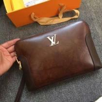 見た目のシックさを放つ限定品 ルイ ヴィトン クラッチバッグ メンズ 新作 Louis Vuitton コピー コーヒー ストリート 最安値 iwgoods.com zSTviq-1
