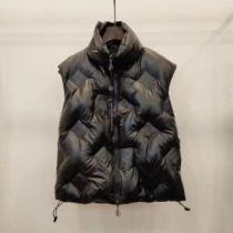 ルイ ヴィトン ゆったりきれいめスタイル新品 LOUIS VUITTON 抜群の暖かさを実現  メンズ ダウンジャケット2019年秋冬のトレンドをカッコ良く押さえ iwgoods.com 9H9PPn-1