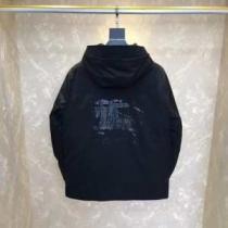 秋冬人気色コーデスタイルを演出  ダウンジャケット メンズ 2019-20年秋冬モデル最新のおすすめ 2色可選 バーバリー BURBERRY シンプルで高品質着回し iwgoods.com CimaOb-1