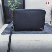 プラダ クラッチバッグ メンズ 落ち着いたスタイルに最適 PRADA コピー SAFFIANO LUX サフィアーノルクス 3色可選 日常 品質保証 iwgoods.com W9TTLb-1