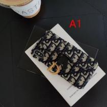 2色可選 ケータイケース 2020秋冬トレンドデザイン 大人かわいい秋冬コーデを楽しみ ディオール DIOR iwgoods.com mG9jCy-1