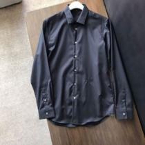 プラダ シャツ メンズ 大人こなれ感が素敵 PRADA コピー 通販 相性抜群 ブランド ブラック ホワイト コーデ 最高品質 iwgoods.com yKXrmq-1